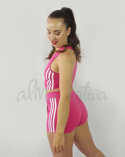conjunto-deportivo-mujer-lineas-rojo-2