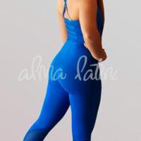 jumpsuit-para-bailar-modelo-clasico