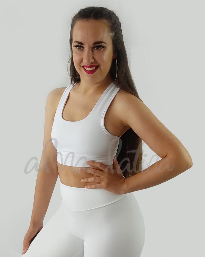 top-deportivo-basico-clasico-blanco-ropa-de-baile-y-deportiva
